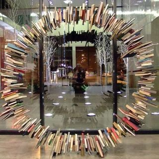 Book-sculpture-circle