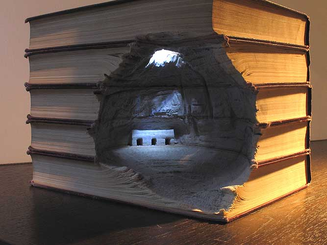 Book-Sculpture-Guy-Laramee