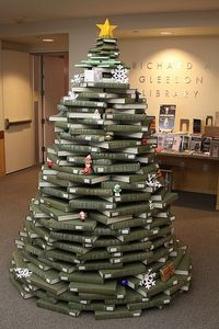 Christmas-Book-Tree2