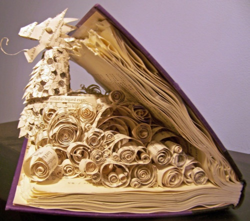 Dragon-book-sculpture