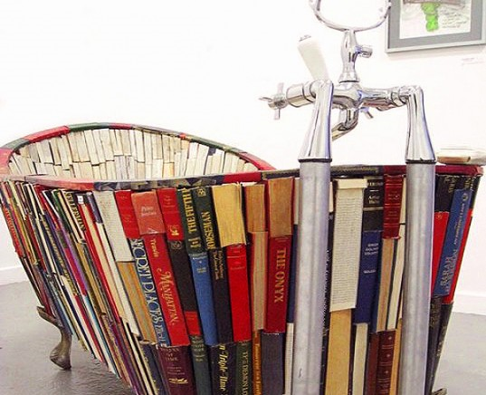 Bath-of-knowledge-book-tub