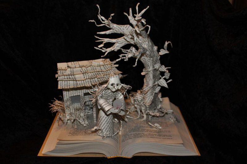 Wizard_and_glass_book_sculpture_unlit_by_wetcanvas