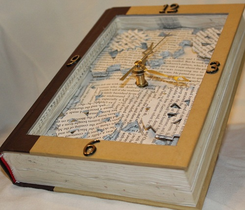 Make-time-to-read.-Working-clock-inside-of-book-sculpture