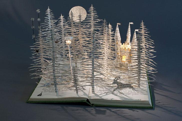 Narnia book sculpture by Su Blackwell