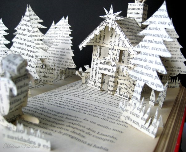 Christmas-book-sculpture