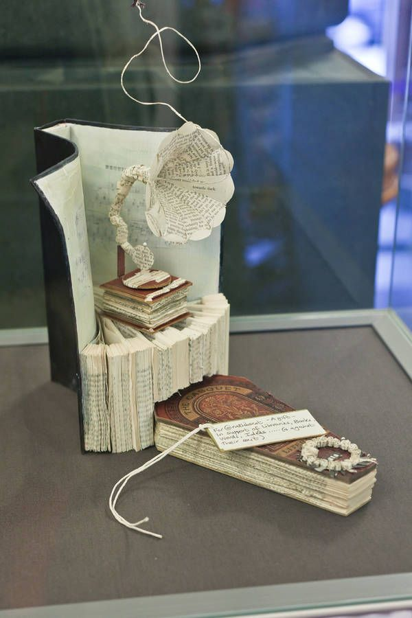 Mystery Edinburgh Scotland Book Sculpture