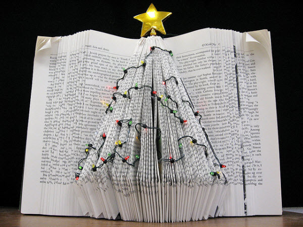 Holiday-tree-book-sculpture-James-Downing