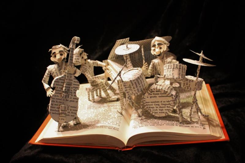 Jodi-harvey-brown-book-sculpture-12